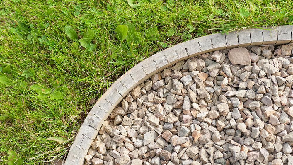 Palisaden Rasenkanten Co Stein Im Garten Sortiment Vor Ort